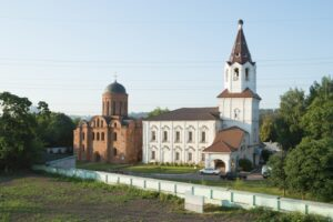 Храм во имя Святых Первоверховных Апостолов Петра и Павла, Смоленск
