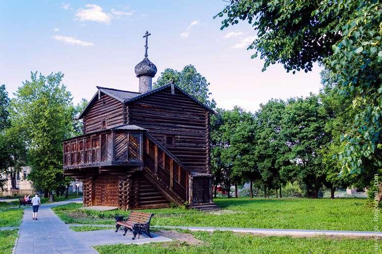 Храм Михаила Архангела, Слободской