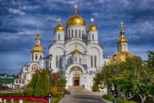Шлем, луковка, шатер – эволюция куполов на Руси